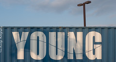 Forever Young (Vic Zhivago) Tags: sky hawaii flickr young maui minimal trailer kahalui textandimage