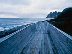 Path to nowhere (JaZ99wro) Tags: film norway analog e6 f0260 e100g norwegia mamiya645protl epsonv750 tetenal3bathkit exif4film