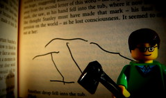 Stephen King: It 3 (Pickman's Paintbrush) Tags: macro book lego books writers writer minifigs stephenking authors testshot legography legoauthor legoauthors legowriters legowriter