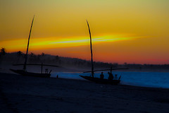 Sunshine - Cumbuco - CE (Michel de Paula) Tags: pordosol brazil praia sunshine sunrise for fortaleza solbeach