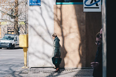 Rue des 3 croissants (alex bo.) Tags: street streetphotography nantes urban city cityscape rue nikon nikond90 50mm people
