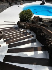 (beatatokarz) Tags: swimmingpool blue tropic lanzarote travel stairs