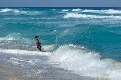 Fishing at Playa Delfines Beach (mks_s2is) Tags: cancun mexico sea beach nikon nikond5100 fishermen fishing fishnet playa delfines playadelfines gulfofmexico