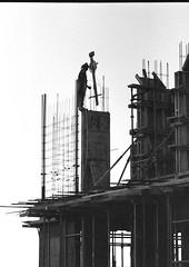 imgB&W005 Nurses Accom (Phytophot) Tags: bw doha buildings 1980 qatar hamadhospital nursesaccommodation construction