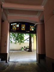 Innenhof in der Hofmühlgasse (Martin Ladstaetter) Tags: vienna wien photowalk vienne photowalkwien photowalkvienna pwvie