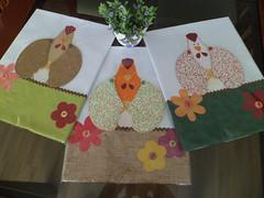 encomendas: dinorahmr@ig.com.br (dinorahramos) Tags: galinha pano artesanato toalha casamento noiva tecido tecidos appliqué botões lembrancinhas chádecozinha chádepanela patchcolagem panodeprato portapanoprato