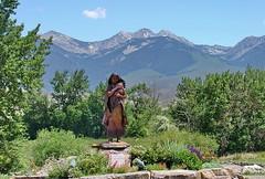 Sacajawea monument, Salmon, Idaho (Chief Bwana) Tags: id idaho salmon salmonidaho sacajawea livinghistory statue beaverheadmountains mountains beaverhead psa104 chiefbwana 500views