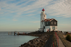 Marken lighthouse (~ Marjolein ~) Tags: lighthouse netherlands nederland vuurtoren marken paardvanmarken
