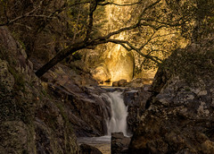 'Fade to Black' (Canadapt) Tags: light sunset tree portugal golden waterfall rocks canyon casaldesãosimão canadapt