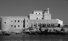 Isola Formica Trapani (kurjuz) Tags: lighthouse mediterranean sicily sicilia trapani egadiislands isoladellaformica
