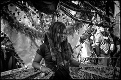Carnival Queen (Photoburglar) Tags: nottinghill carnival blackandwhite urban portrait street fujifilm xe2