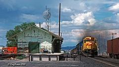 Making lemonaide (C.P. Kirkie) Tags: southernpacific sp spsunsetroute trains railroads desert sunsetroute train emd arizona