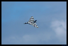 Vulcan (titch540) Tags: sky kent aeroplane airshow vulcan raf manston