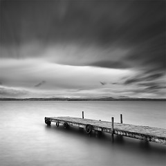 The Love's Pier (DavidFrutos) Tags: longexposure sunset bw love water valencia monochrome clouds landscape atardecer monocromo pier agua amor paisaje bn explore filter le lee nubes embarcadero minimalism minimalismo canondslr waterscape albufera filtro largaexposición filtros neutraldensity explored canon1740mm gnd8 graduatedneutraldensity densidadneutra davidfrutos 5dmarkii niksilverefexpro leebigstopper singhraygallenrowellnd3ss