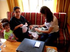 """Dr. Haifa kümmert sich um die Kleinsten. • <a style=""""font-size:0.8em;"""" href=""""http://www.flickr.com/photos/65713616@N03/9306384891/"""" target=""""_blank"""">View on Flickr</a>"""