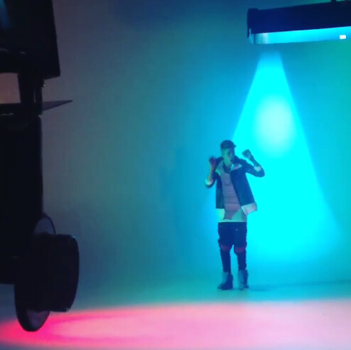 @modern_artists: Behind The Scenes Maejor Ali @justinbieber #Lolly Directed by @mattalonzo