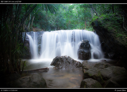 Tranh Waterfall