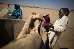 UNEP Evaluation Shagra, North Darfur - Sudan (UNEP Disasters & Conflicts) Tags: water rain river sudan farming well farmer darfur unep dryseason waterpoint northdarfur elfasher unitednationsenvironmentprogramme pcdmb postconflictanddisastermanagementbranch uneppcdmb
