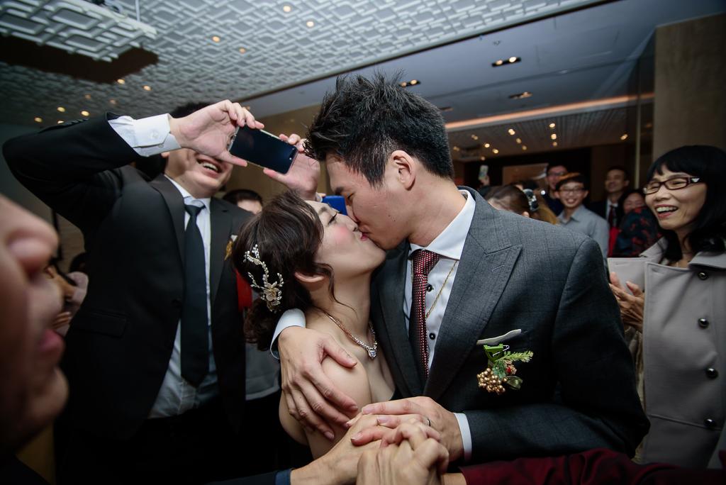 wedding day,婚攝小勇,台北婚攝,晶華,台北國賓,台北國賓婚宴 ,愛瑞思,Miko,新秘,-100