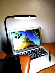 Macbook Air 2013 News May Lumiy LEDs LED Lamp1060774 (stanfordgreentrees) Tags: pro macbook macbookpro macbookair macbookproretina 15inchmacbookproretina