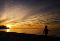 Retour à la Maison (Renald Bourque) Tags: travel sunset sun canada nature soleil flickr photographer québec madeleine ilesdelamadeleine iles specnature renald fabuleuse