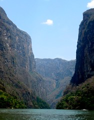Can del Sumidero (cesarguadarrama) Tags: nature weather rio mxico agua day sunny clear cielo gutierrez chiapas can sumidero tuxtla