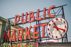 Pike Place Market (ptrlng) Tags: seattle public place farmers market center pikes