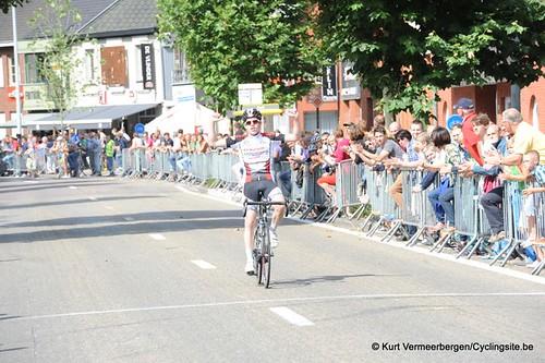 Minderhout (381)