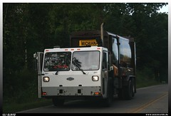 """CCC LET2 """"Michiana"""" (uslovig) Tags: usa truck garbage crane cab low disposal company lorry camion ccc lke waste refuse recycling amerika tilt müll carrier entry services lkw michiana 241 laster lastkraftwagen kabine let2"""