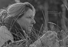 IMG_5585_edited-1 (Esther Vinju Photography) Tags: camera trees tree grass lady photography photo bomen woods foto fotografie boom blond esther gras dame bos vrouw meisje meid vinju esthervinju