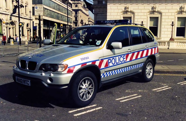 uk london police policecar bmwx5 emergency pallmall demonstrator metropolitanpolice ra02rtz