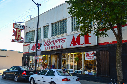 Sunset Cafe/Meyer's Ace Hardware