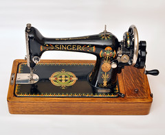 Singer 66K (nippyengineer) Tags: vintage sewing machine singer lotuspetal 66k