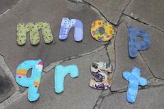 Mais letrinhas (ceciliamezzomo) Tags: handmade letters fabric letter preschool alphabet patchwork letras tecido alfabeto tecidinhos