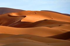 Colores que pinta el sol. (Victoria.....a secas.) Tags: sahara desert dunes explore desierto marruecos dunas nikonflickraward