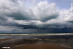 Orage sur la mer (2)    (Explore 06/02/14) (didier95) Tags: mer pluie ciel normandie nuage plage orage