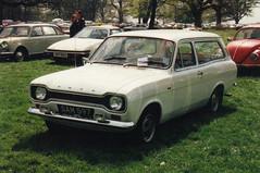 Ford Escort Estate - SAM 597 (Andy Reeve-Smith) Tags: ford bedfordshire luton escort mk1 lutonhoo