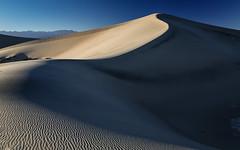 Mesquite Dunes (Jeremy Duguid) Tags: california park ca travel usa west nature cali canon landscape death us sand pattern desert patterns dunes horizon dune curves parks jeremy national mesquite valley western sanddunes duguid
