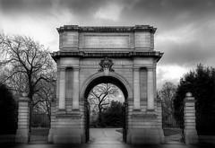 Fusilier's Arch de Noir