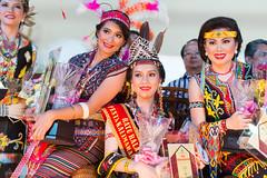 _NRY5510 (kalumbiyanarts colors) Tags: sabah cultural dayak murut murutdance kalimaran2104 murutcostume sabahnative