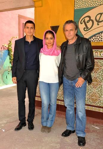 Álex González, Hiba Abouk y José Coronado