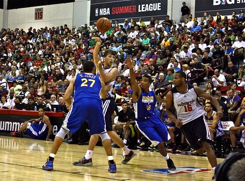 Jan Vesely pass - NBA Summer League
