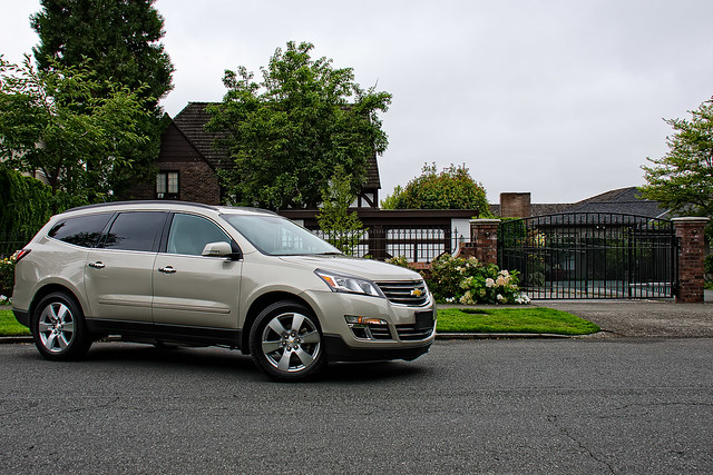 chevrolet traverse chevy suv awd 2014 5doors carreviews tomvoelk drivencarreviewscom 7passinger