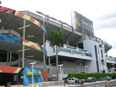 "Sun Life Stadium • <a style=""font-size:0.8em;"" href=""http://www.flickr.com/photos/109120354@N07/11047269343/"" target=""_blank"">View on Flickr</a>"