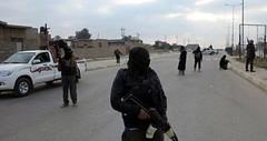 العراق: اشتباكات عنيفة داخل حرم جامعة الأنبار بين أجهزة مكافحة الإرهاب ومقاتلي داعش (albaldtoday) Tags: العراق الرمادي الأنبار داعش اجهزةمكافحةالارهاب