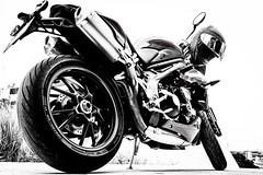 IMG_1065-2 (HoragamePhoto) Tags: speedtriple motorcycle bike