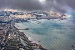 Temps pluvieux sur Alger (Ath Salem) Tags: algérie algeria argelia alger algiers argel fromsky fromplane vuduciel algercentre nuages clouds mer sea merméditerranée mediterraneansea nikond5200 بحرالأبيضالمتوسط الجزائر الجزائرالعاصمة elaurassi فندقالاوراسي سحاب