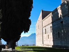 BARGA - VIVENDO A LUCCA - DUOMO DI SAN CRISTOFORO (124) (Viaggiando in Toscana) Tags: vivendoaluccait viaggiandointoscanait barga lucca duomo di san cristoforo
