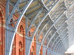 Structure (Pat's_photos) Tags: london stpancras station