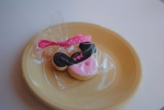 Minnie Mouse cookies (Cupcakes & Dreams) Tags: cookies minnie minniemouse uploaded:by=flickrmobile flickriosapp:filter=nofilter